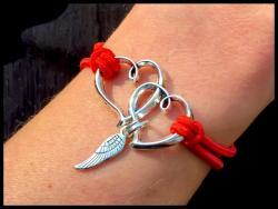 Linked Hearts Halo Bracelet