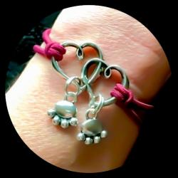 Pet Angels Double Paw Linked Hearts Bracelet