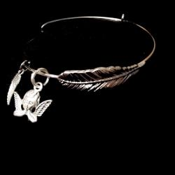 Praying Angel Forever Feather Bangle